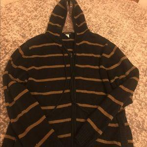 Billabong zip up/hooded sweater